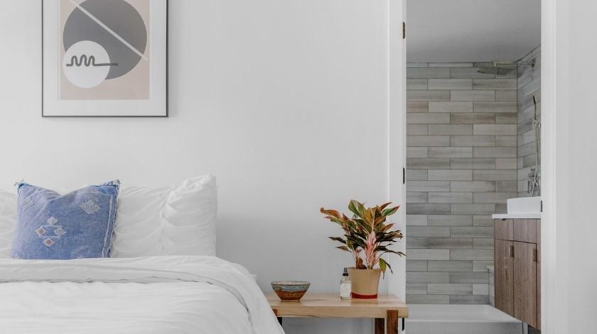 Feng Shui te recomienda cómo acomodar tus muebles para un mejor sueño.