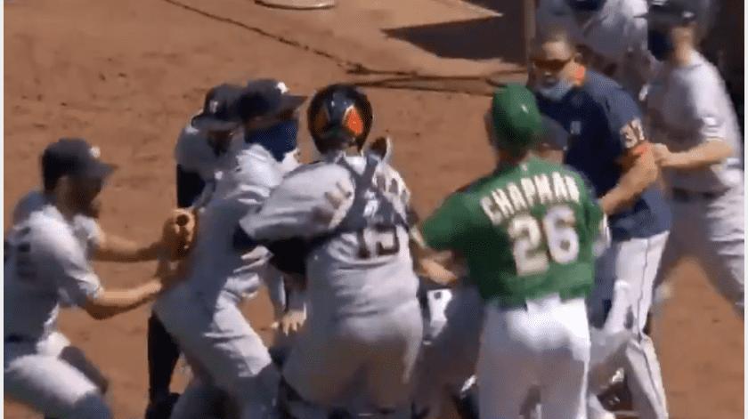 Lanzador mexicano causante de la primera trifulca de la temporada 2020 de la MLB(Captura de pantalla)