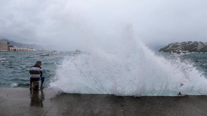 """Tormenta """"Elida"""" evoluciona a huracán categoría 1 al Oeste en México(EFE)"""