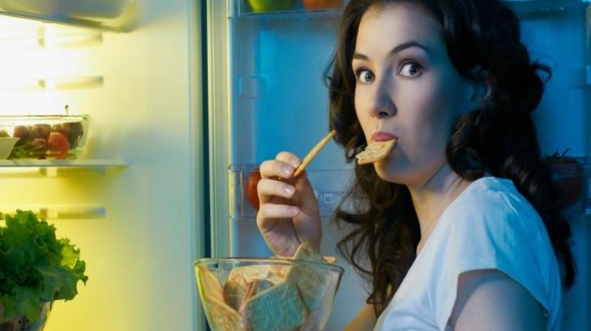 ¿Qué pasa en el cuerpo si comes en la noche?(Tomada de la Red)