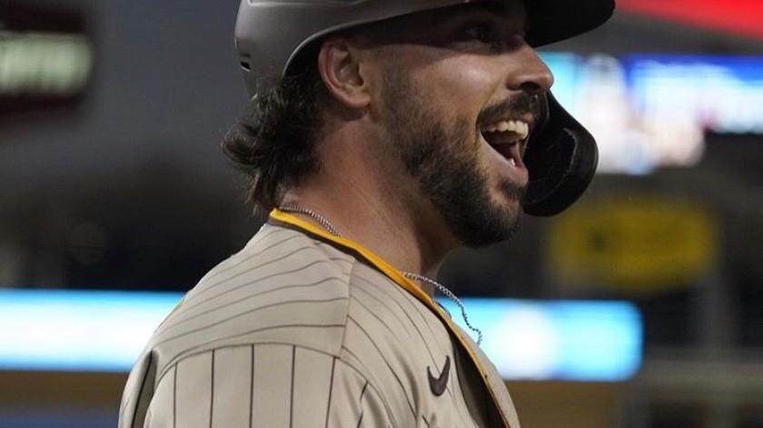 Trabajo de pitcheo de los Padres para vencer a Dodgers