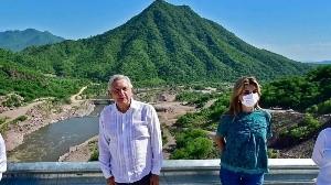 Gobernadora de Sonora le pidió ponerse el cubrebocas, revela AMLO