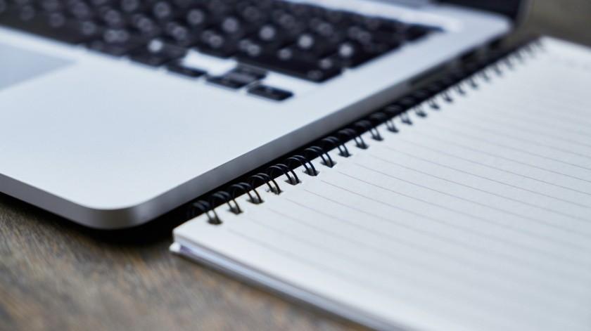 Minjarez invitó a todas las personas que puedan donar alguna computadora o espacio con Internet para que los jóvenes puedan continuar sus estudios universitarios.(Pixabay)