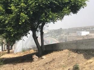 Reportan gran fuga de agua en carretera libre Rosarito- Ensenada