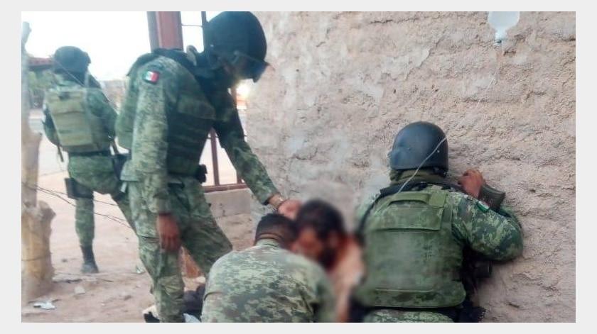 Detienen a sujeto en enfrentamiento armado tras incendio de tráiler en Caborca(Especial)