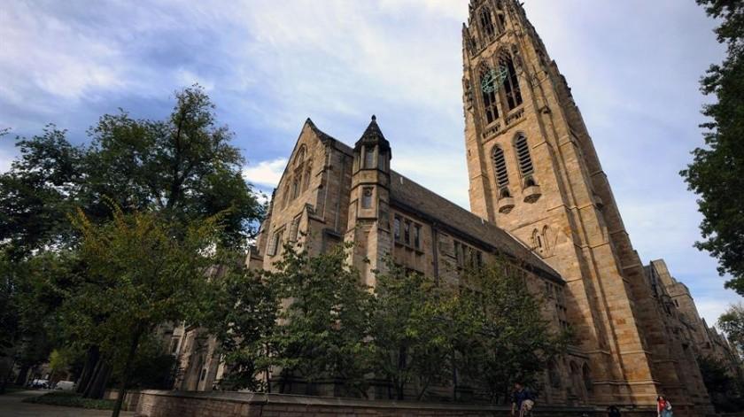 Gobierno de EU acusa a Yale de discriminar a blancos y asiáticos en admisiones(EFE)