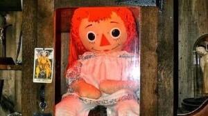Annabelle 'escapa' del museo de los Warren