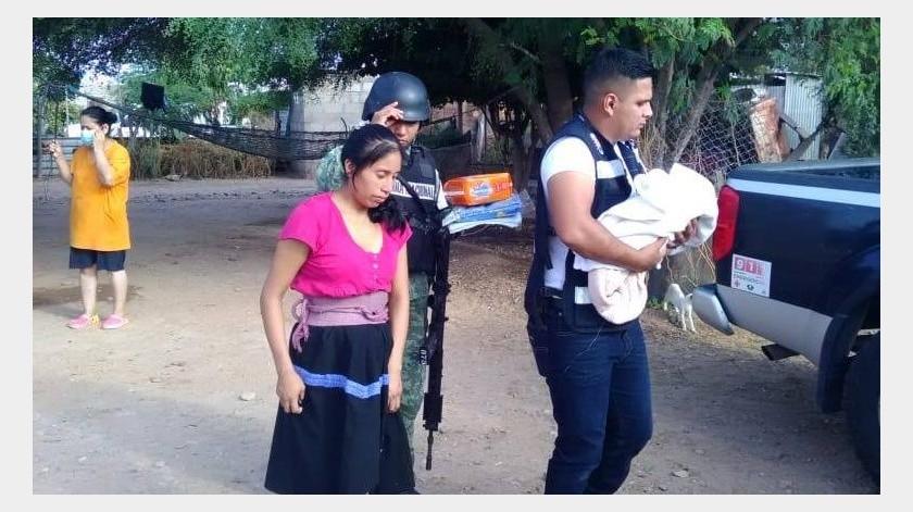 originaria de Chiapas, es la joven madre que dio a luz en su domicilio y una vez a salvo tanto el bebé como la madre fueron trasladados al Hospital General de Caborca.(Especial)