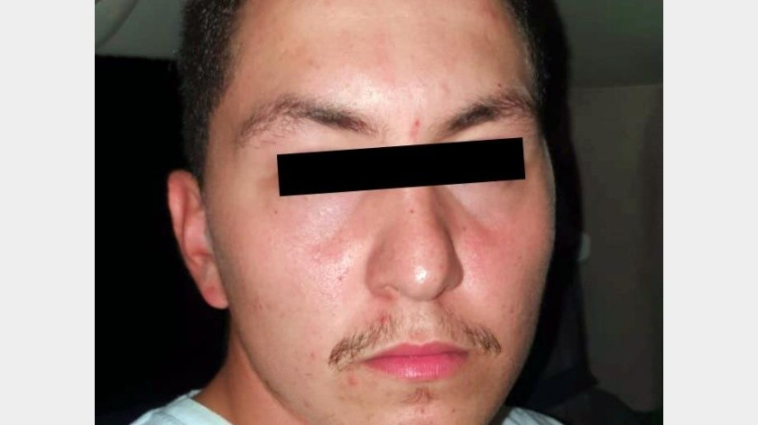 Tras intercambiar informes de inteligencia entre autoridades de Estados Unidos con la Fiscalía de Sonora, el originario de Tucson, Arizona, fue ubicado en Calle 12 entre Vicente Guerrero y Arroyo, en la colonia Centro.