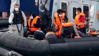 La cifra de migrantes que intentan cruzar el canal de la Mancha se dispara