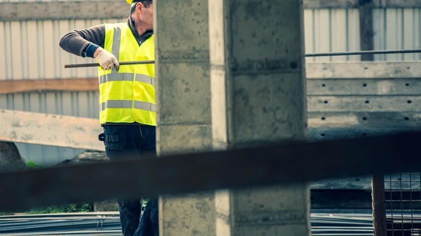 En segundo puesto en generación de trabajos se colocó la construcción, que recuperó mil 941 empleos(Pixabay)