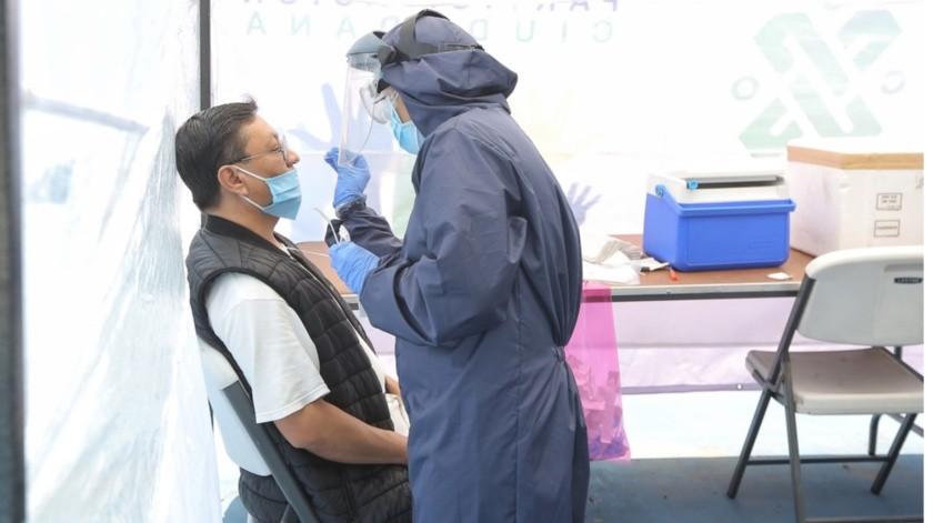El secretario de Salud indicó que en el momento más crítico de la enfermedad en Sonora, de cada 100 personas que se hacían la prueba, 70 salían positivos.