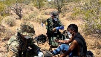Rescatan a migrantes en el desierto de Arizona