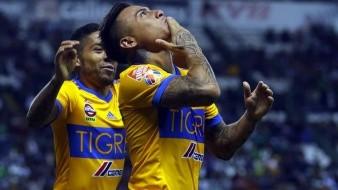 Sorprenden a Edu Vargas, de Tigres, rompiendo protocolo de la Liga en reunión con amigos
