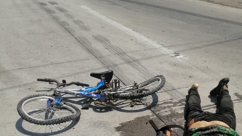 Arrollan y matan a ciclista en carretera a SLRC(Cortesía)