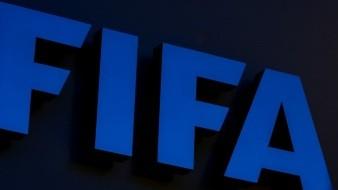 FIFA suspende a 2 funcionarios más por caso de abuso sexual