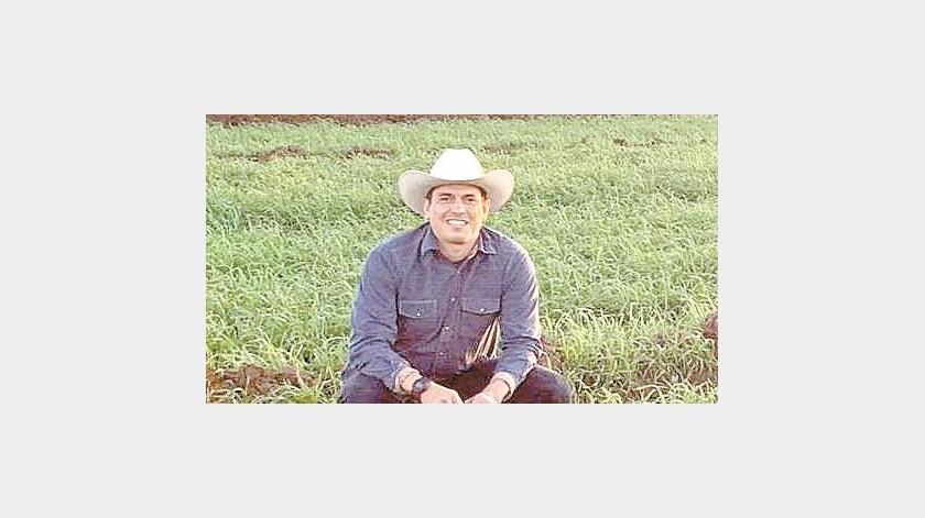 Alejandro Ortega obtuvo un premio internacional por sus labores a favor del campo y es orgullosamente sonorense. Susana A. Arana(Especial)