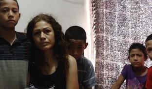 Jazmín Castillo ha sido diagnosticada con cáncer y no sólo enfrenta el dolor de sufrir esa enfermedad, sino la incertidumbre de no saber cómo sacará adelante a sus cinco hijos pequeños, cuyas edad van de los dos hasta los doce años de edad.
