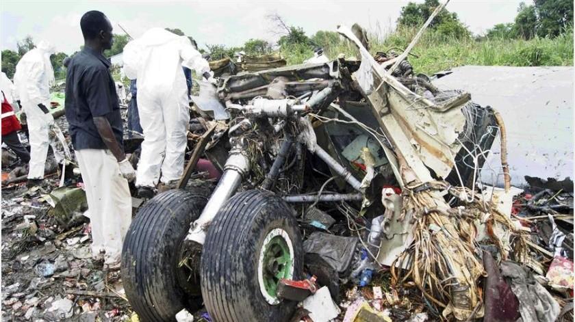 """El responsable de Aviación del país dijo a Efe que """"pocos minutos después de despegar, el avión se estrelló(EFE)"""