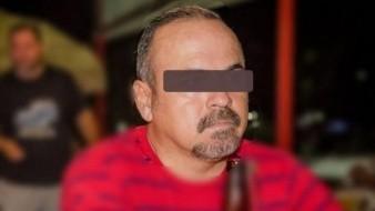 Vinculan a proceso a ex funcionario de Puerto Vallarta hallado con niña en auto