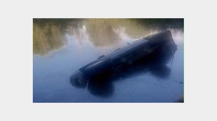 Muere ahogado tras una volcadura(Cortesía)