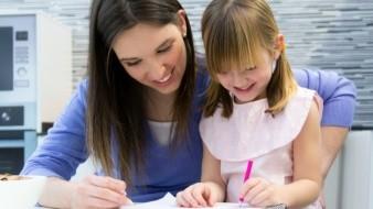 Los niños en edad preescolar también deben cursar su ciclo escolar.
