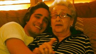 Diego Boneta da el último adiós a su abuela materna.