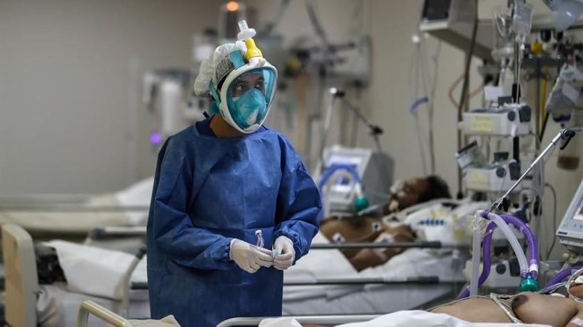 Por primera vez desde el inicio de la pandemia deCovid-19 se detectaron más de 10 milcasos en 24 horas.(EFE)