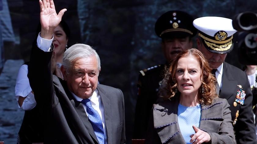 AMLO y Beatriz Gutiérrez rumbo a Palenque; van a su rancho(AP)