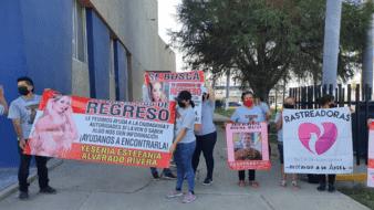 Marchan familiares de Yesenia Estefania, joven desaparecida en Ciudad Obregón
