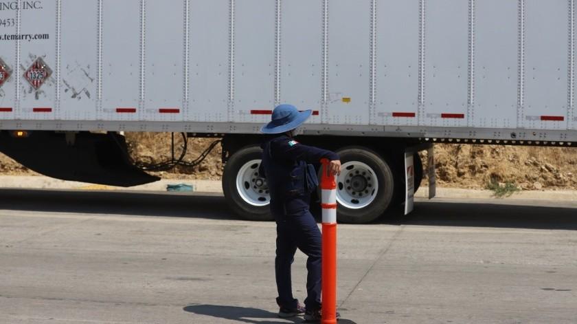 El retén fue colocado a unos metros de la caseta de cobro Tijuana – Tecate(Sergio Ortiz)