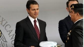 """Delito de traición a la patria contra EPN depende de FGR y SCJN, """"sin torcer la ley"""", como con Elba Esther: AMLO"""