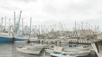 """Cierran el puerto de Guaymas por tormenta tropical """"Iselle"""""""