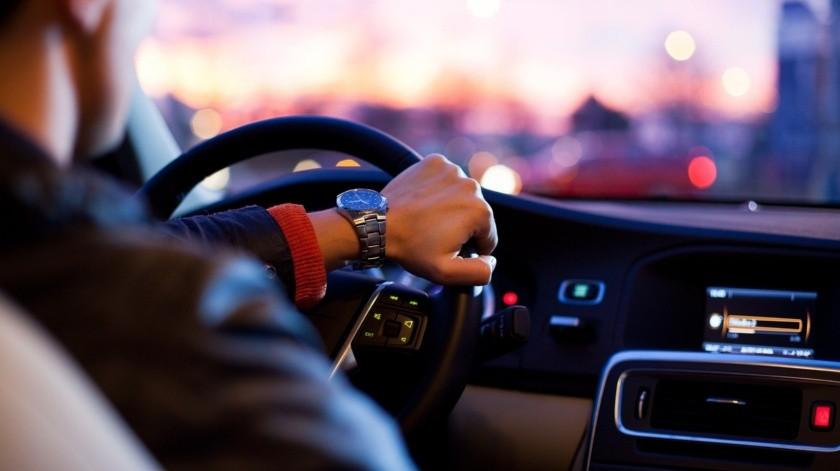 Roban vehículo a conductor de aplicación en colonia Altares(Pixabay / Ilustrativa)