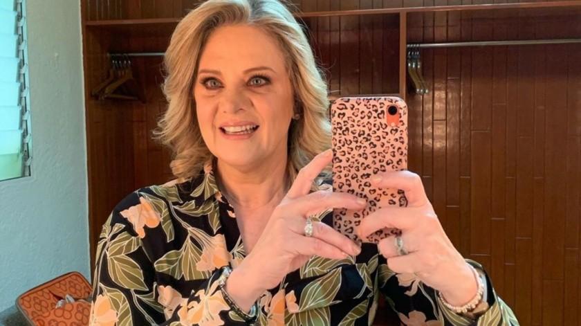 Erika Buenfil pide a la sociedad que usen cubrebocas con emotivo mensaje(Instagram)