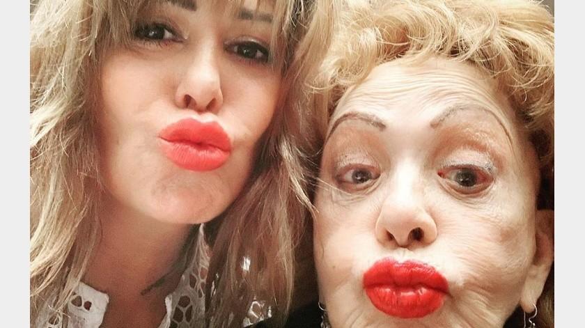 Reaparece Silvia Pinal con Alejandra Guzmán y sin maquillaje(Instagram)