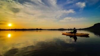 Lo que más disfruta Julio al practicar kayak es admirar los paisajes sonorenses.
