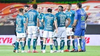 Club León le da la vuelta al partido contra el Atlas y gana por 2-1