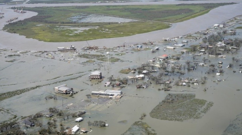 Migrantes detenidos en Luisiana piden ayuda tras huracán Laura; se enfrentan a Covid-19(AP)