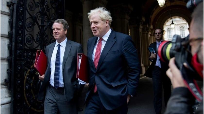 El primer ministro británico, el conservador Boris Johnson, celebró hoy la primera reunión del Gobierno del curso político y confirmó a Simon Case como el nuevo secretario del Gabinete(EFE)
