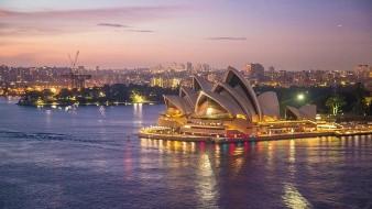 En el primer trimestre del año, el PIB australiano, que había registrado casi 30 años de crecimiento consecutivo incluso durante la crisis financiera internacional, cayó un 0,3 por ciento.
