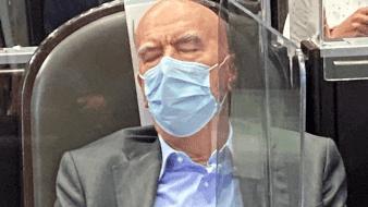 Duerme Dante Delgado en sesión para recibir Segundo Informe de AMLO