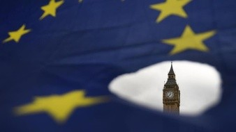 Exige Unión Europea al Reino Unido