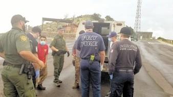 Grupos de rescate y autoridades estadounidenses pusieron a salvo a dos migrantes obregonenses que estaban perdidos en una montaña de Arizona.