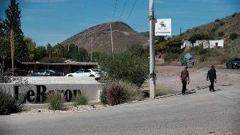 AMLO se reunirá con familias de masacre en Bavispe este mes; lamenta que caso se politice