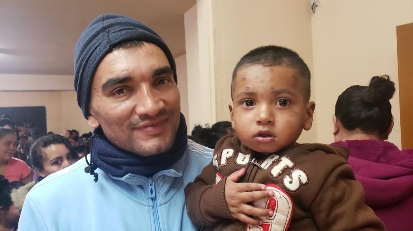 Más de 570 menores no acompañados y 80 niños con familias han sido detenidos en hoteles desde marzo.(El Imparcial)