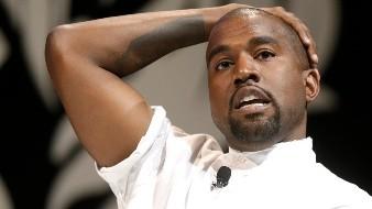 Kanye West anunció su campaña presidencial el 4 de julio y ha cumplido con los requisitos para que su nombre aparezca en la boleta electoral en varios estados, incluidos Arkansas, Colorado, Idaho, Iowa, Oklahoma, Tennessee, Utah y Vermont.