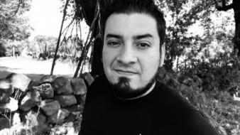 """Por unanimidad los escritores eligieron el poemario titulado """"Red Border"""" firmado bajo el seudónimo """"Homo migrantus"""", correspondiente al poeta Armando Salgado."""