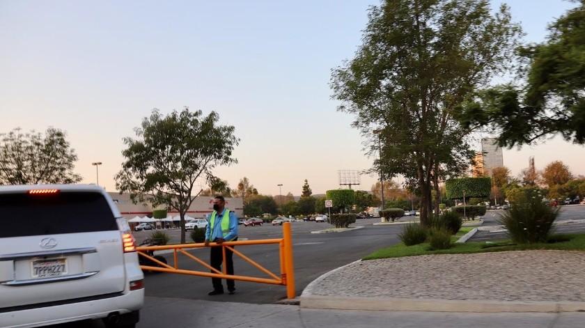 Clausuran Costco Río al no pagar multa por discriminación(Sergio Ortiz)