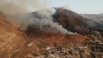 Combaten incendio en Cerro Colorado